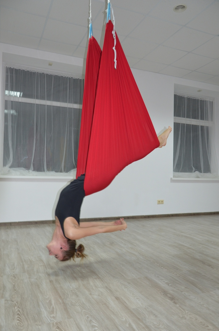 Флай-йога в JOY Yoga Studio